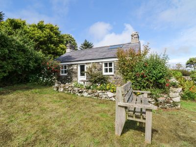 Photo for CONION GANOL, pet friendly, with open fire in Aberdaron, Ref 973912