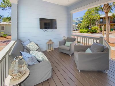 Photo for Paradise30A~ Happy House, Lagoon Community Pool, Complimentary Tram, 4 Bikes included!