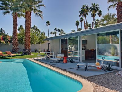 Photo for Designer Oasis in Twin Palms!