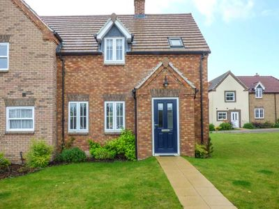 Photo for LILIPAD COTTAGE, family friendly, with pool in Filey, Ref 939242