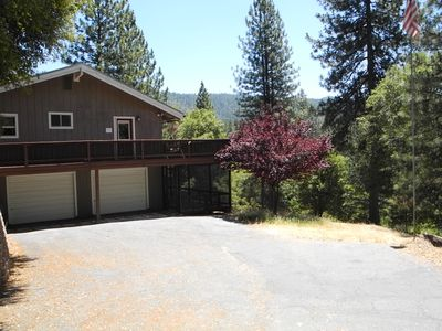 Photo for Knarly Oaks River House, Spa, Generator, View, 2300 Sq ft, 1.7 Private Acres