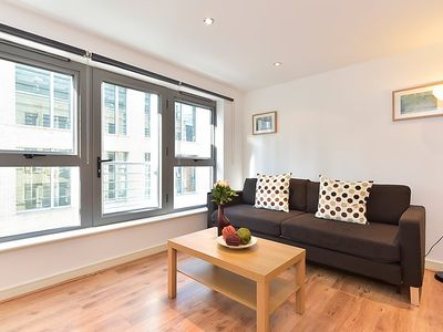 Photo for Apartment Steward in London City - 4 persons, 2 bedrooms