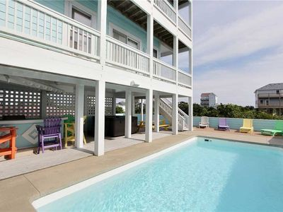 Photo for Great spot for families w/Pool&HotTub, Elevator, RecRoom