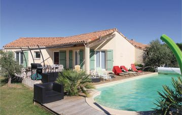 Search 601 holiday rentals