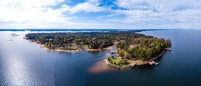 "Photo for Toledo Bend Lakefront Cabin near the ""Chicken Coop"", with Private Boat Launch"