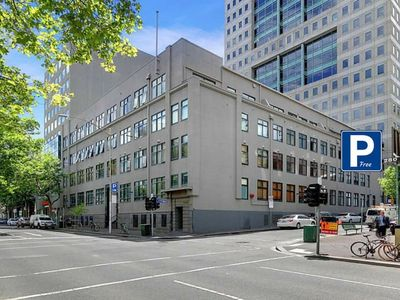 Photo for 2 Huge CBD apartments - comfort & space on King!