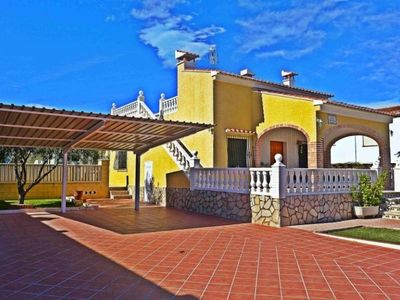 Photo for Villa Oliva, 4 bedrooms, 8 persons