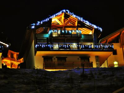 Photo for Chalet of exceptional -foot pistes- Jacuzzi-sauna-steam room and private cinema