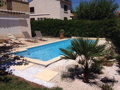 Photo for Ground floor of a villa in the heart of Provence with pool in Salon-de-Provence