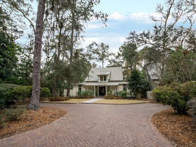 Photo for Luxurious and Spacious 4-BR/4.5-BTH OFFERS GOLF!!