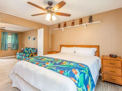 Photo for Kona Shores#130 Beautifully Remodeled Ground Floor Condo w/AC!