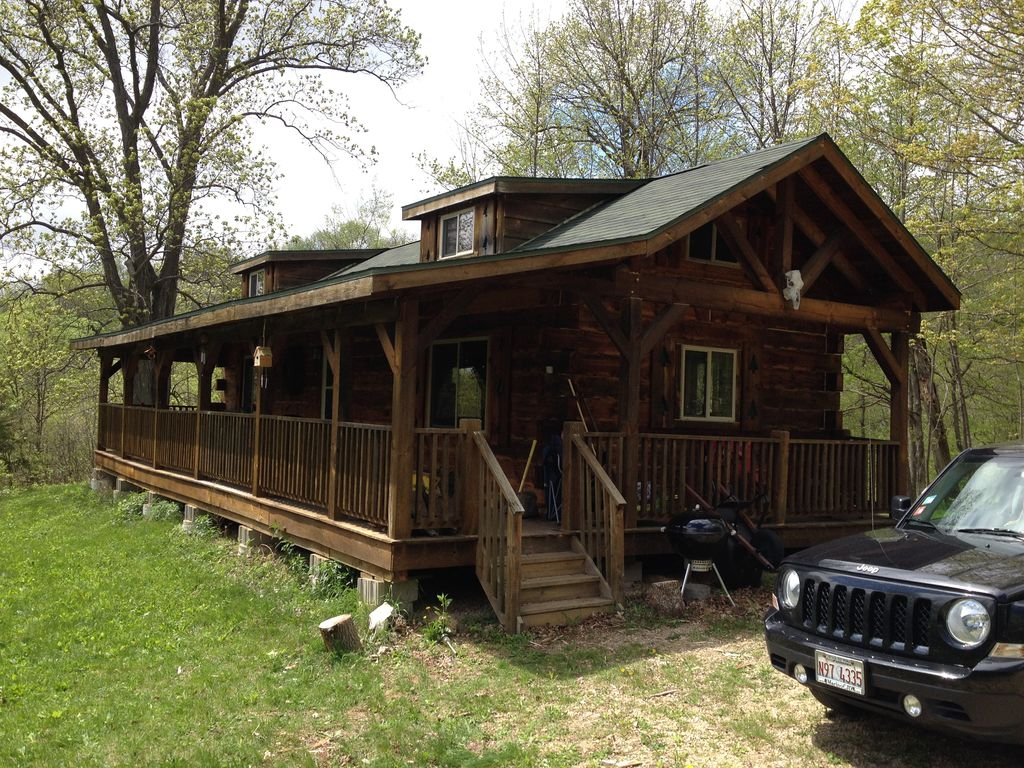 Amish Cabin On 40 Acres Of Woods And Meadow Vrbo