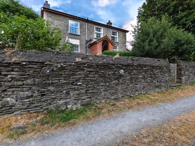 Photo for 4BR Villa Vacation Rental in Aberhosan, Wales