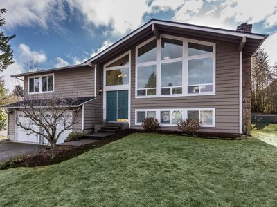 Photo for Fully Stocked, Spacious Kirkland Home