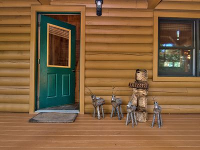Photo for Log Cabin 1.5hr from PHI/NYC, Next to Camelback