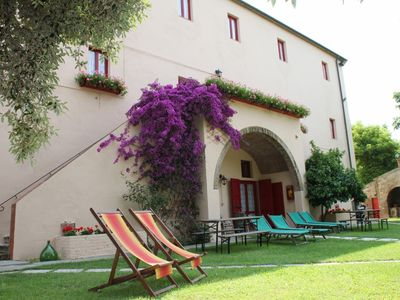 Photo for Tuscan Farm near Beach+Pool - groundfl apart (Sleeps 4) direct from owner