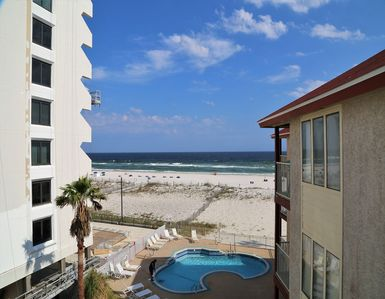 Photo for Southern Sands 303 ~  Right on the beach, Great Beach View, FREE Wifi, Prime Location, Walk to town