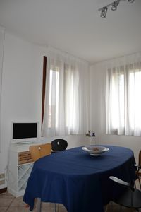 Photo for Quiet near the center. Great for Venice. Two people + sofa bed for two