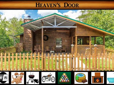 Photo for Heaven's Door - Pet Friendly Cabin With Fenced Yard! Hot Tub, Pool Table, & WiFi
