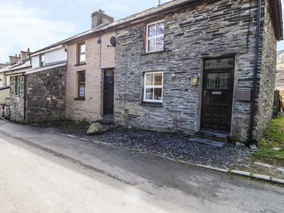 Photo for 19 CWMORTHIN ROAD, with open fire in Tanygrisiau, Ref 965483