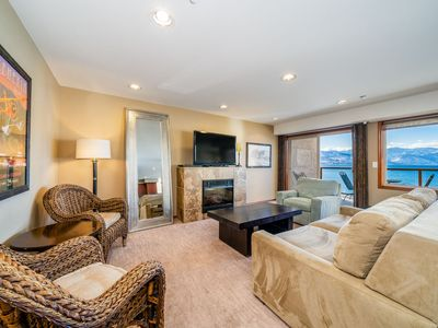 Photo for Grandview Lake View 532! Luxury 2 Bedroom Executive condo, sleeps up to 6!