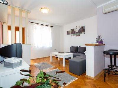 Photo for Beautiful apartment Gordan ° 1 on the ground floor