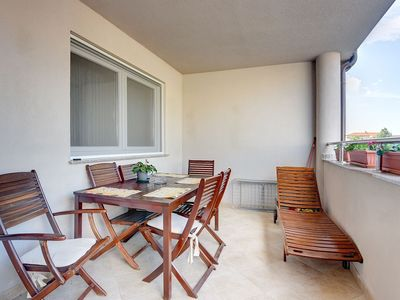 Photo for Apartment in Medulin with air conditioning and terrace