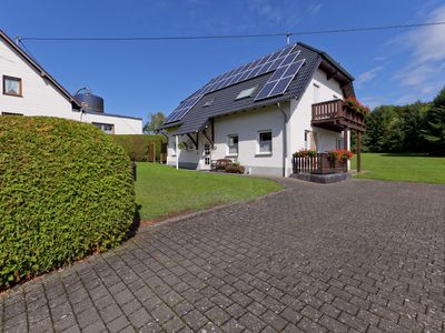 Photo for Beautiful holiday home with sauna on the ground floor located on the Eifelsteig route
