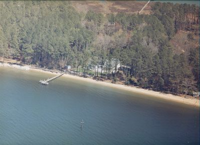 7 acre estate with your own 600 ft private beach & pier. Island paradise living!