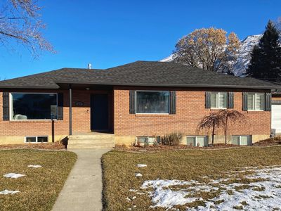 Photo for New Family Friendly Home - Serene Utah Valley Stay