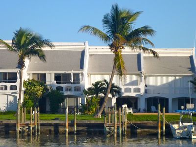 Georgeous Condo with Boat Slip, Wi-Fi, Direct TV & Vonage
