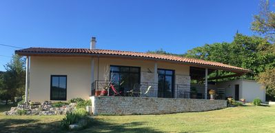 Photo for Independent villa with local stones on large plot near the Pont d 'Arc