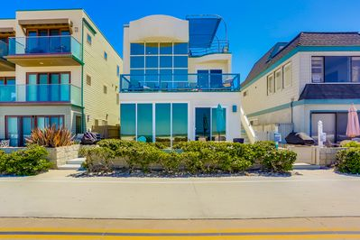2nd and 3rd level ocean front condo with amazing views!