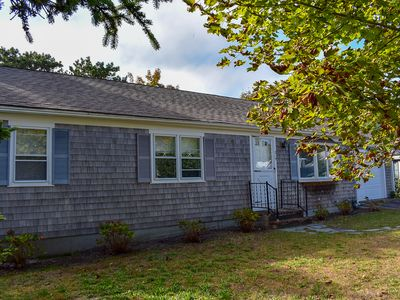 215 Sea- Clean and bright 3 bedroom home, located close to Dennis Port beaches