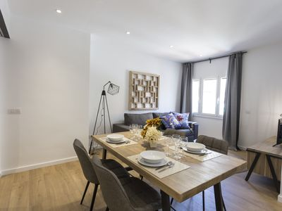 Photo for Elegant apartment in Gracia