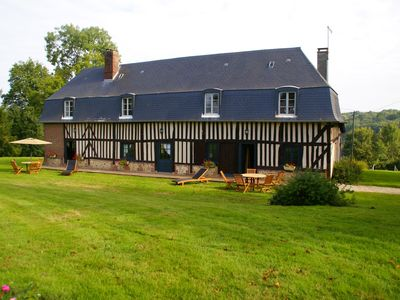 Photo for 3BR Cottage Vacation Rental in ASNIÈRES