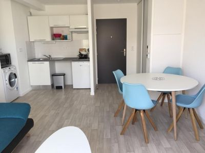 Photo for Apartment Tharon-Plage 50m from the beach