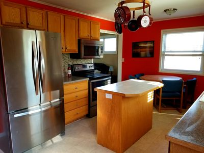 Updated kitchen, all stainless steel appliances, fully stocked