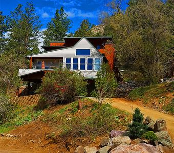 Photo for Luxury Creekside Craftsman Home - Alpine Splendor 6 Mins to Pearl, The Hill & CU