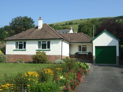 Photo for Three bed bungalow close to the sea with large garden and ample parking