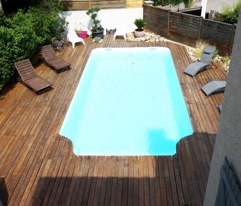 Photo for Aix-en-Provence comfortable 4 rooms SWIMMING POOL 8 x 4 with terrace in peace