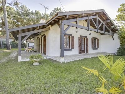 Photo for Six-person single-story villa in Biscarrosse Plage