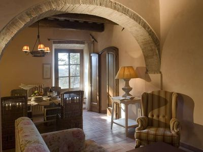 Photo for Tuscany 1 bed apartment with swimming pool