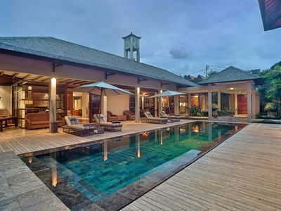 Photo for Book 3 Bedrooms, Stay at Large 4 Bedrooms Luxe Pool Villa, Daily staff service