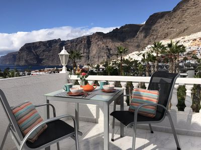 Photo for Modern 1 bedroom. Los Gigantes. Stunning sea views. Wifi. Parking. Pool included