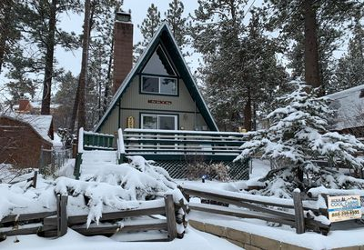 Snow covered Big Bear Cool Cabins, The Getaway front
