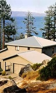 South Lake Tahoe, CA vacation rentals: Cabins & more | HomeAway