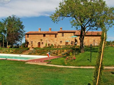 Photo for Apartment Valiano  in Montepulciano, Siena and sourroundings - 4 persons, 2 bedrooms