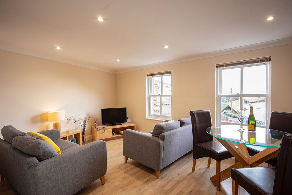 Stunning Penthouse Apartment With Amazing Harbour Views - Mevagissey