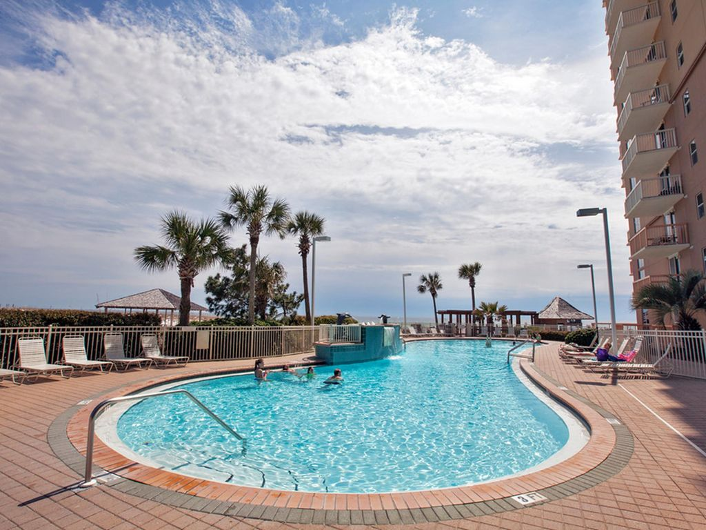 Pelican beach resort direct beachfront fa vrbo - Destin florida 4 bedroom condo rentals ...